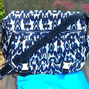RARE Lululemon Ikat printed duffle bag
